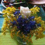 homemade easter flower displays