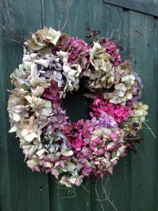 how to make a christmas wreath - hydrangeas