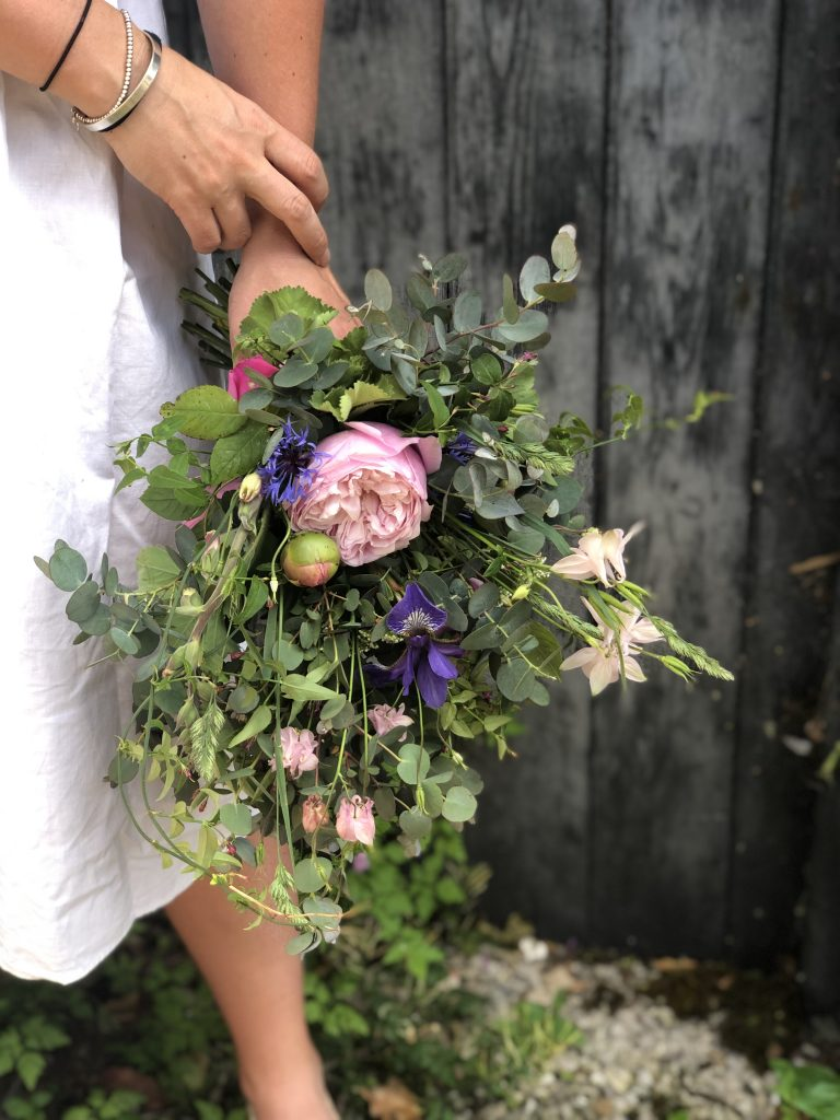 june wedding bouquet uk